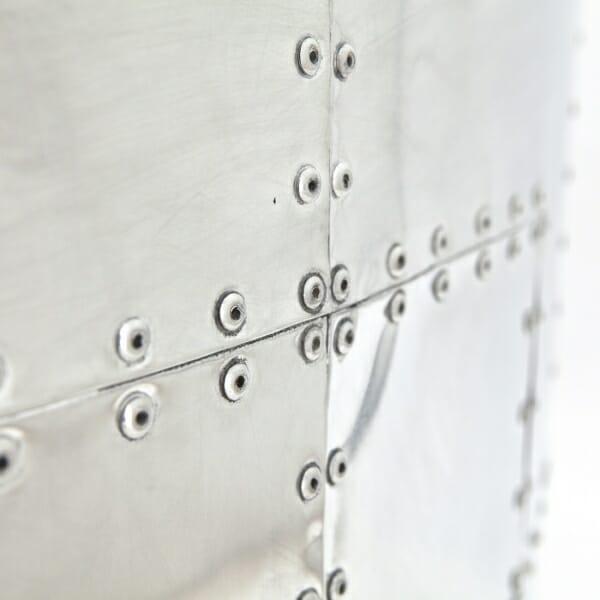 Industriële-fauteuil-leer-details