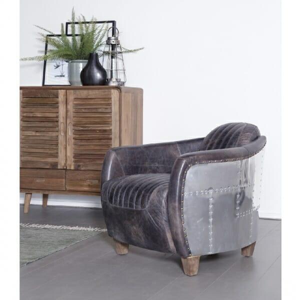 Industriële-fauteuil-leer-sfeer-foto