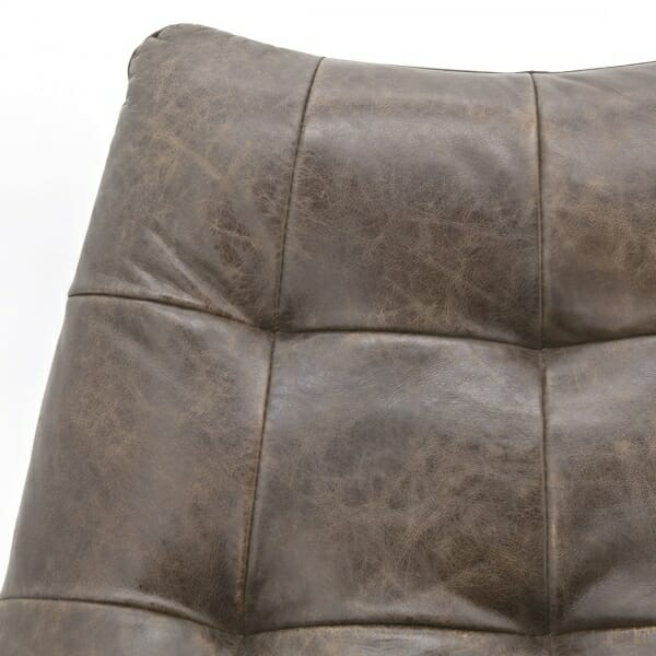 Vintage-fauteuil-leder-detail